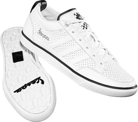 ac6b75219 Adidas Originals Faz Liquidação Com Descontos de Até 50%